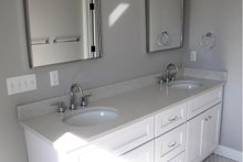 Craftsman Interior - Master Bathroom Plan #1057-14