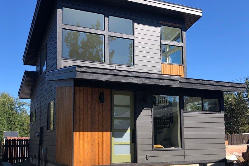House Plan Design - Modern Exterior - Front Elevation Plan #895-134