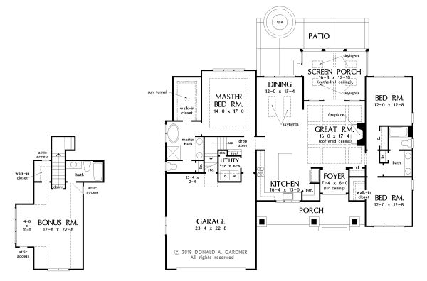 Farmhouse Floor Plan - Main Floor Plan Plan #929-1099