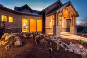 Ranch Style House Plan - 3 Beds 3.5 Baths 2830 Sq/Ft Plan #895-29 Exterior - Front Elevation