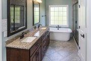 Craftsman Style House Plan - 4 Beds 3 Baths 2569 Sq/Ft Plan #929-953 Interior - Master Bathroom