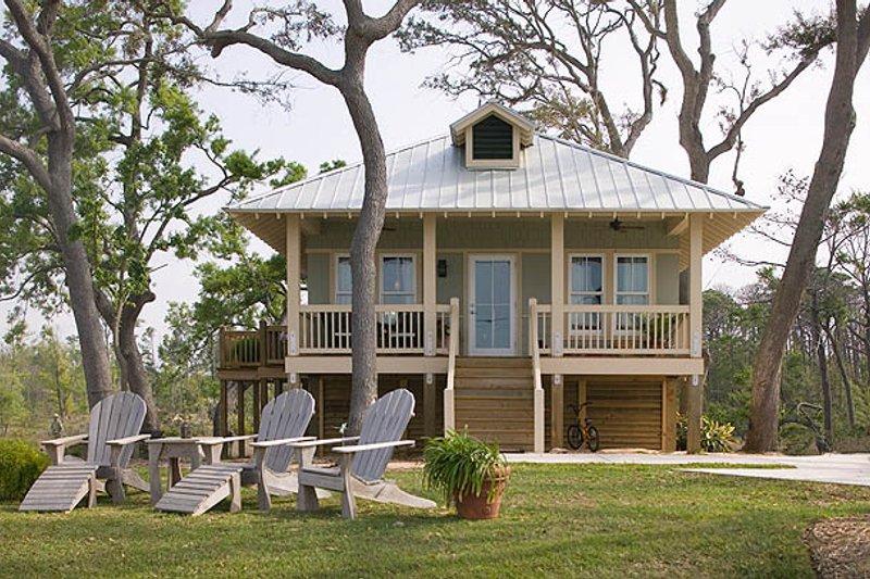 Architectural House Design - Beach Exterior - Front Elevation Plan #536-2