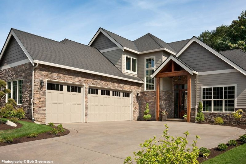 Dream House Plan - Craftsman Exterior - Front Elevation Plan #48-615