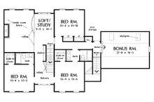 Farmhouse Floor Plan - Upper Floor Plan Plan #929-16