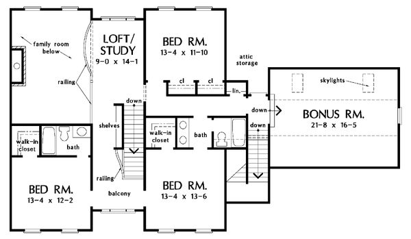 Farmhouse Floor Plan - Upper Floor Plan Plan #929-16