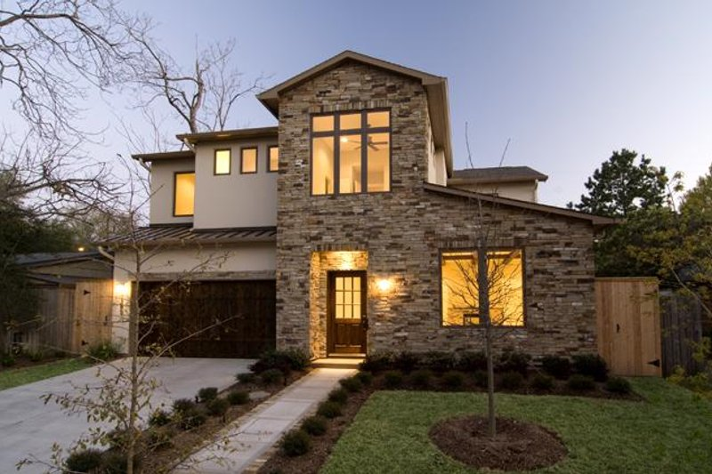 Modern Style House Plan - 4 Beds 3.5 Baths 4385 Sq/Ft Plan #449-17 Exterior - Front Elevation