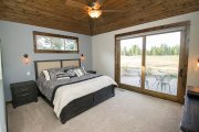 Craftsman Style House Plan - 3 Beds 3.5 Baths 2360 Sq/Ft Plan #892-13 Interior - Master Bedroom