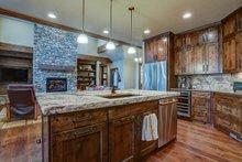 Craftsman Interior - Kitchen Plan #892-29