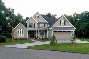 Craftsman Exterior - Front Elevation Plan #17-2160
