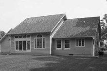 House Blueprint - Traditional Exterior - Rear Elevation Plan #72-115
