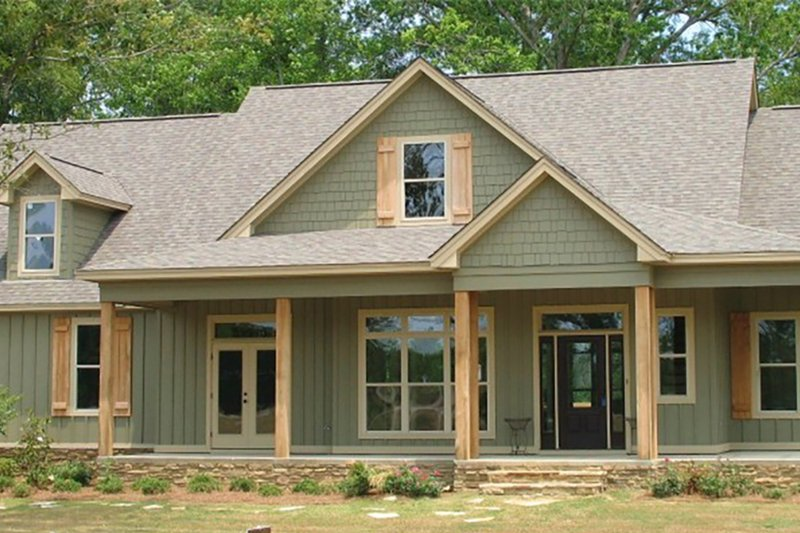 House Plan Design - Country Exterior - Front Elevation Plan #63-432