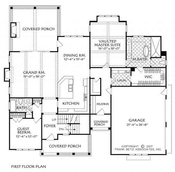 Farmhouse Floor Plan - Main Floor Plan #927-981