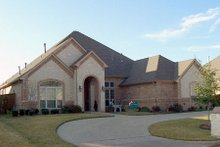 Dream House Plan - Traditional Exterior - Front Elevation Plan #84-387