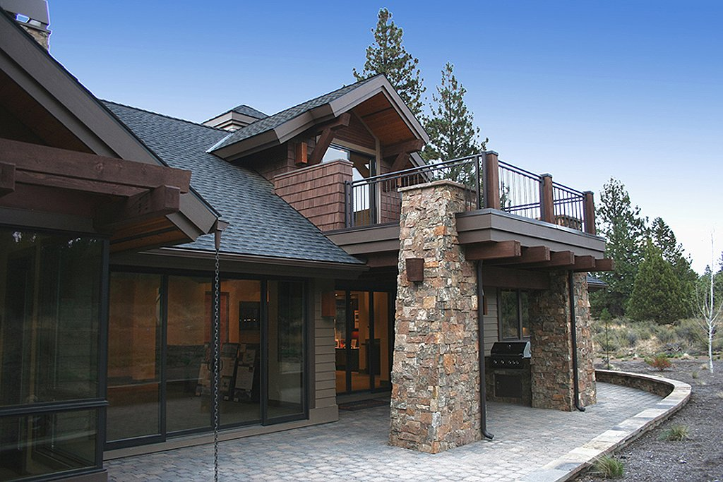 Craftsman style house plan 4 beds 3 5 baths 3476 sq ft for Craftsman vs mission style