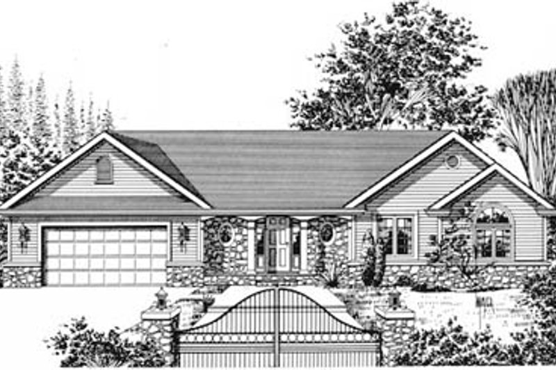 Traditional Style House Plan - 3 Beds 3 Baths 2268 Sq/Ft Plan #12-104 Exterior - Front Elevation