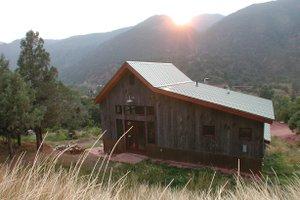 Craftsman Exterior - Front Elevation Plan #902-1