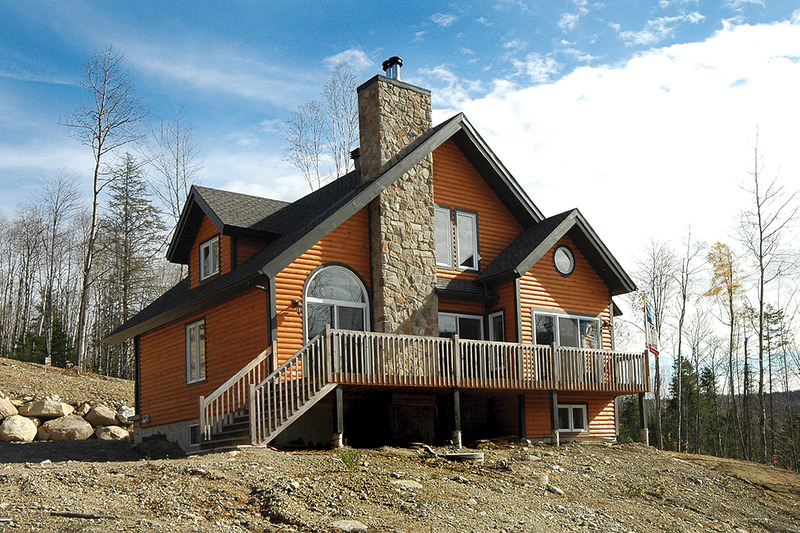 Rear View - 1600 square foot Craftsman Cabin