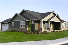 Front View - 1900 square foot Craftsman Home
