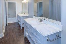 Craftsman Interior - Bathroom Plan #929-833