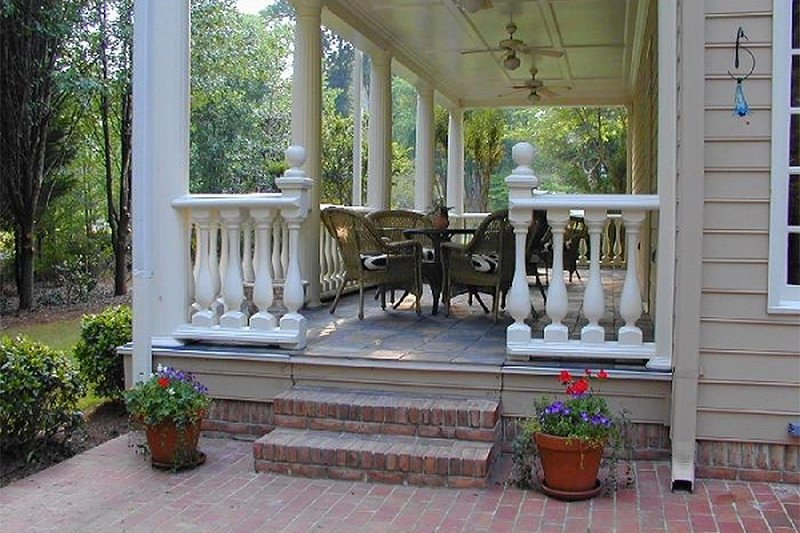 Classical Exterior - Covered Porch Plan #137-222 - Houseplans.com