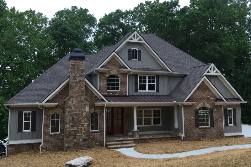 Craftsman Style House Plan - 4 Beds 4 Baths 3290 Sq/Ft Plan #437-64
