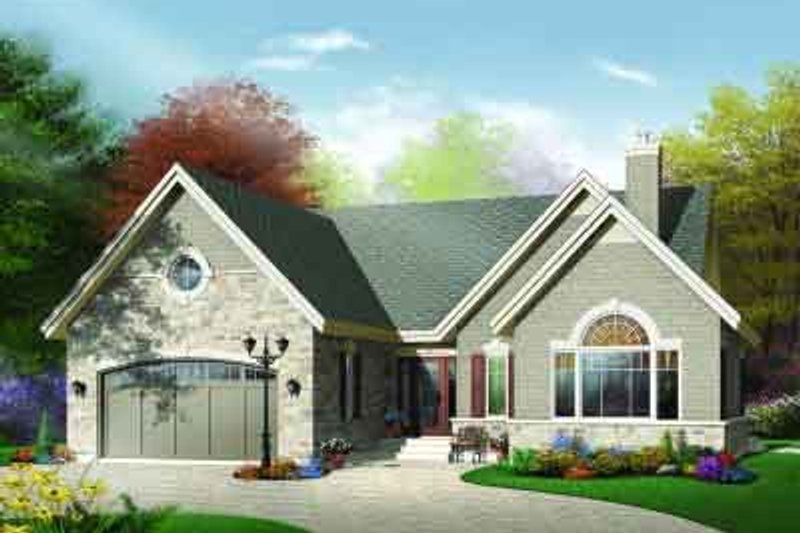 Traditional Exterior - Front Elevation Plan #23-564 - Houseplans.com