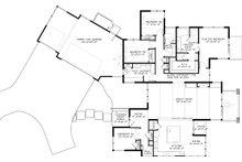 Contemporary Floor Plan - Main Floor Plan Plan #895-41