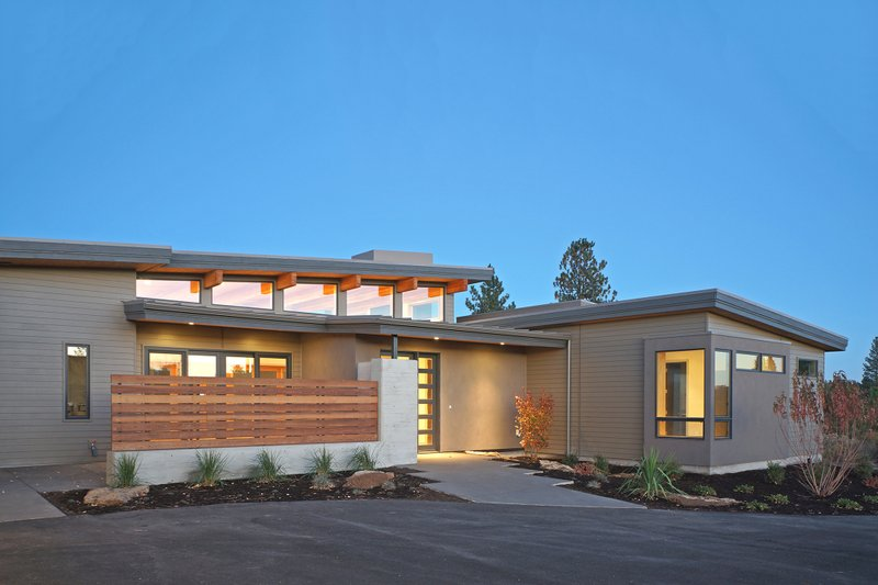 Modern Exterior - Front Elevation Plan #892-14 - Houseplans.com
