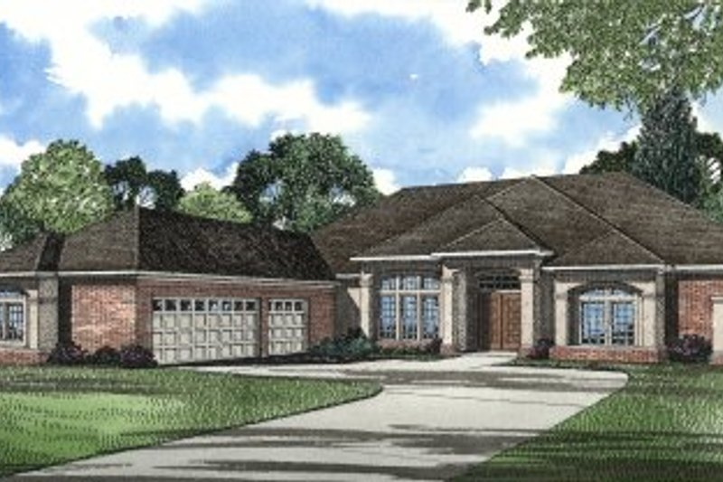 House Plan - 3 Beds 3 Baths 3554 Sq/Ft Plan #17-1045 Exterior - Front Elevation