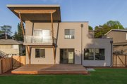 Contemporary Style House Plan - 5 Beds 3 Baths 3104 Sq/Ft Plan #132-228 Exterior - Rear Elevation