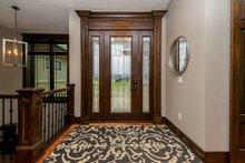 Craftsman Interior - Entry Plan #70-1486