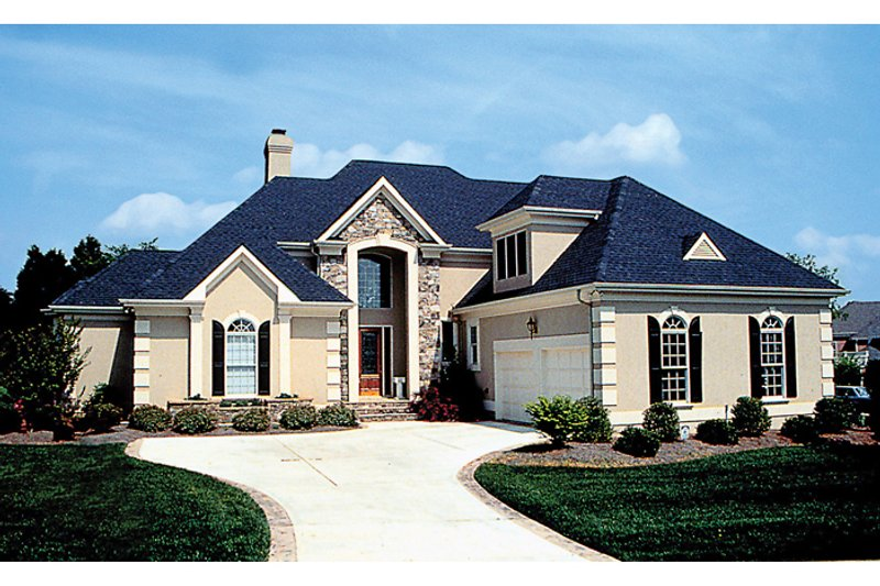 European Style House Plan - 5 Beds 4.5 Baths 4227 Sq/Ft Plan #453-35 Exterior - Front Elevation