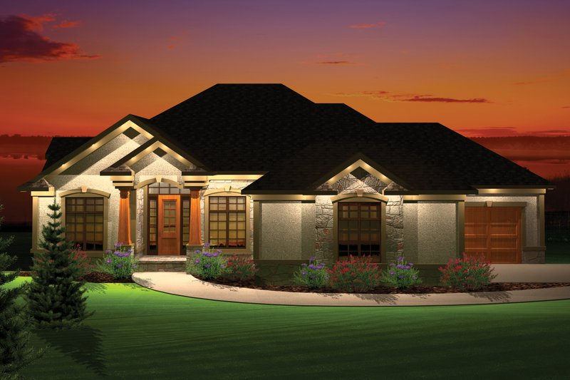 Dream House Plan - Traditional Exterior - Front Elevation Plan #70-1066