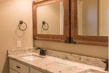 Craftsman Interior - Bathroom Plan #430-152