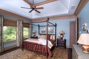 Craftsman Style House Plan - 3 Beds 2 Baths 2707 Sq/Ft Plan #54-415 Interior - Master Bathroom