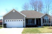 Country Style House Plan - 3 Beds 2 Baths 1540 Sq/Ft Plan #412-104