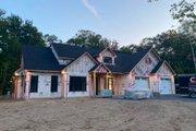 Farmhouse Style House Plan - 3 Beds 2.5 Baths 2341 Sq/Ft Plan #23-2750