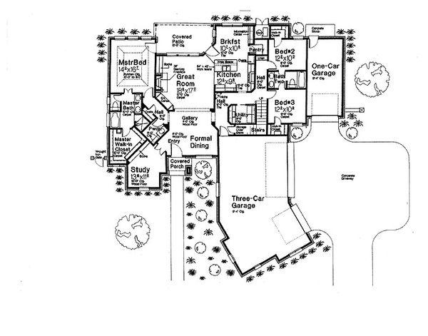 European Floor Plan - Main Floor Plan Plan #310-699