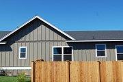 Craftsman Style House Plan - 3 Beds 2 Baths 1520 Sq/Ft Plan #895-35
