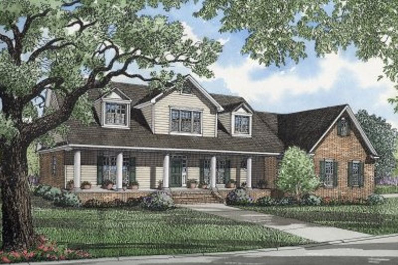 Traditional Style House Plan - 3 Beds 3.5 Baths 3914 Sq/Ft Plan #17-254 Exterior - Front Elevation