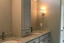 Craftsman Interior - Master Bathroom Plan #437-94