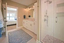 Farmhouse Interior - Master Bathroom Plan #901-132