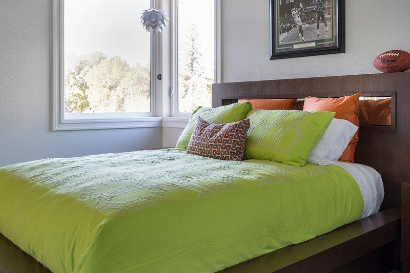 Contemporary Interior - Bedroom Plan #48-651 - Houseplans.com