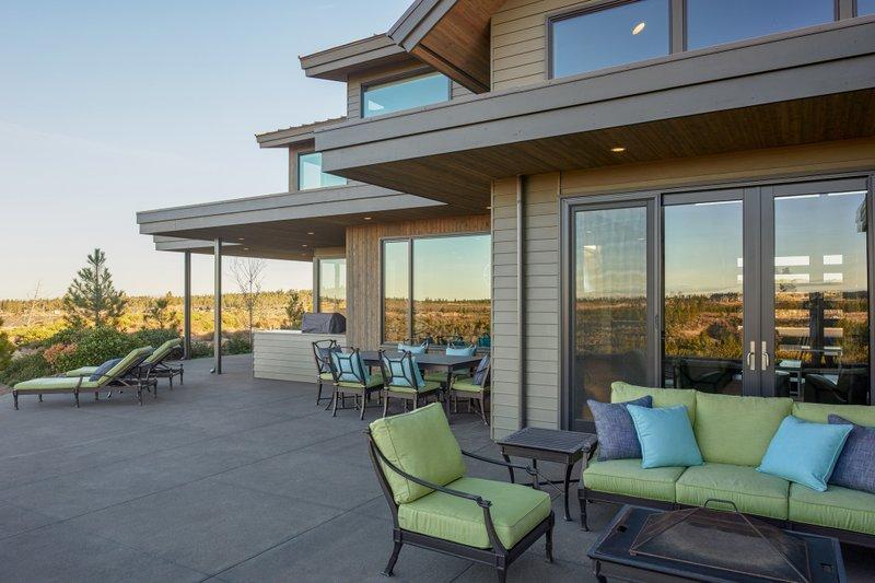 Contemporary Exterior - Outdoor Living Plan #892-15 - Houseplans.com