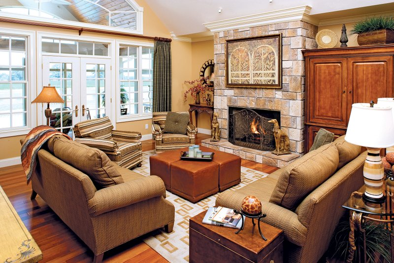 Country Interior - Family Room Plan #929-13 - Houseplans.com