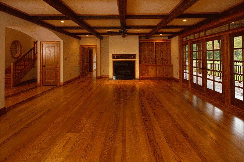 Country Interior - Family Room Plan #137-280 - Houseplans.com
