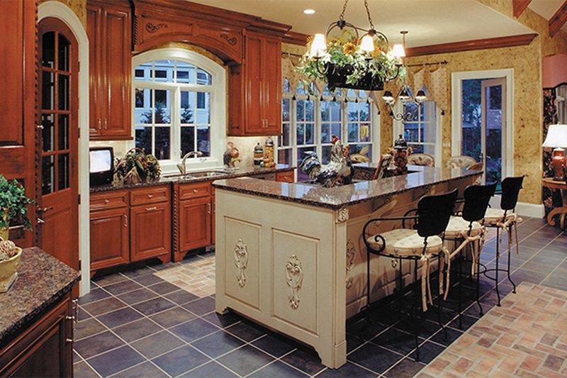 Traditional Interior - Kitchen Plan #437-56 - Houseplans.com