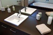 Modern Style House Plan - 3 Beds 2 Baths 2554 Sq/Ft Plan #496-20 Interior - Master Bathroom