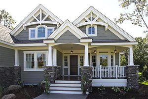 Craftsman Exterior - Front Elevation Plan #132-230