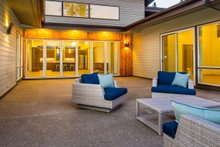 Modern Exterior - Outdoor Living Plan #895-101